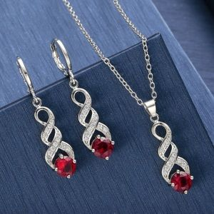 Farah Jewelry Jewelry - Red Green Christmas holiday Crystal Necklace set